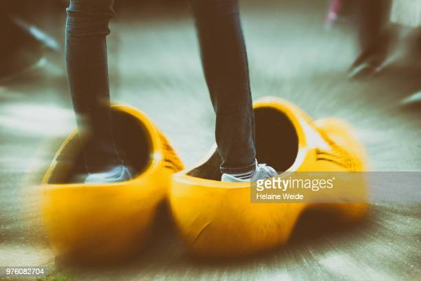 tourist in dutch clogs - toerist stock pictures, royalty-free photos & images