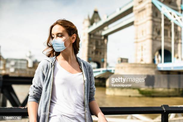 tourist in london - smog stock pictures, royalty-free photos & images
