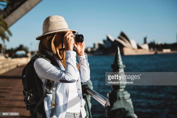 tourist - international landmark stock pictures, royalty-free photos & images
