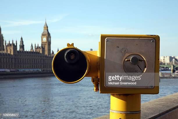 Tourist Telescope, Thames, London