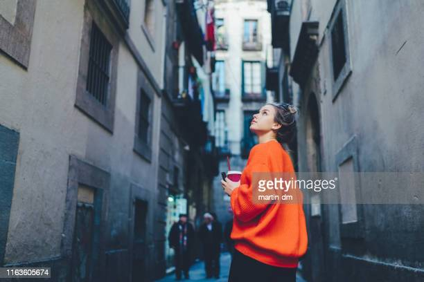 tourist woman exploring europe - generation z stock pictures, royalty-free photos & images