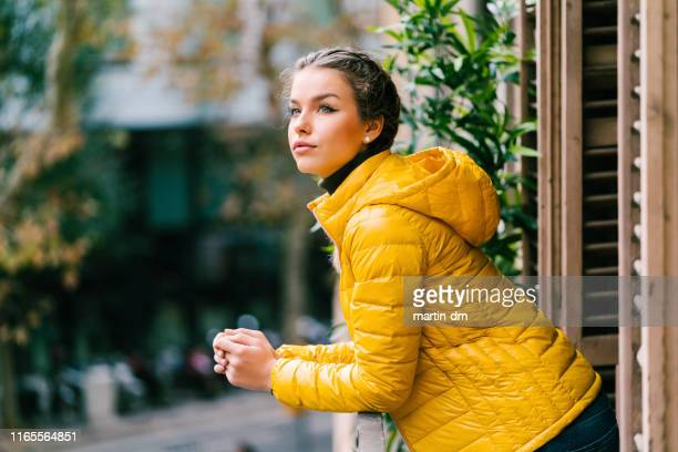 tourist woman in spain - pearl earring stock pictures, royalty-free photos & images