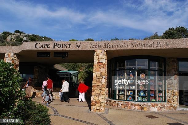 Touristen Eingang zur Gondelstation am 'Cape Point' Nationalpark am Kap der Guten Hoffnung bei Kapstadt Südafrika Afrika Reise NB DIG PNr 1299/2005