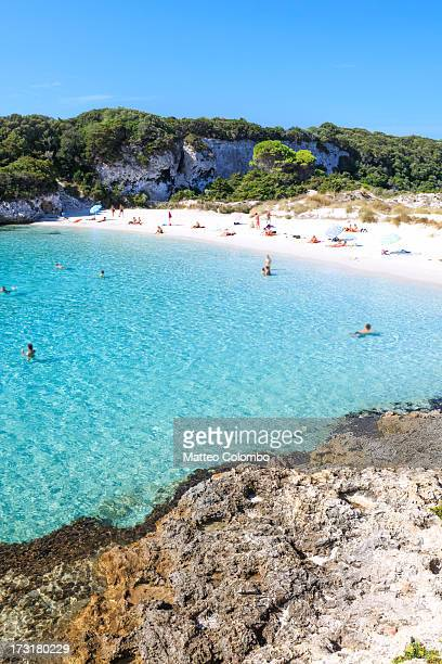 touristic beach in the mediterranean, corsica - corsica photos et images de collection