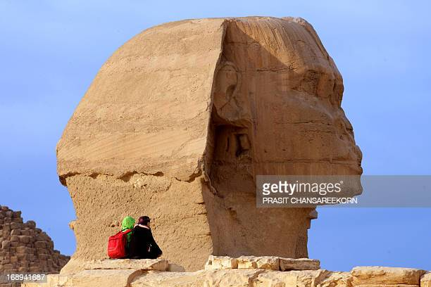 CONTENT] Tourists and Great Sphinx of Giza