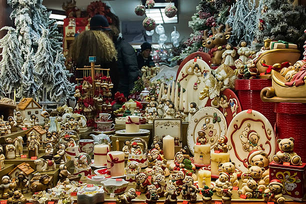 Christmas Atmosphere In Venice Photos And Images