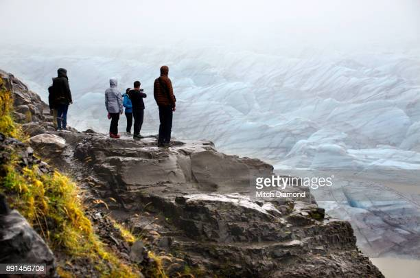 Tourists at Vatnajokull National Park