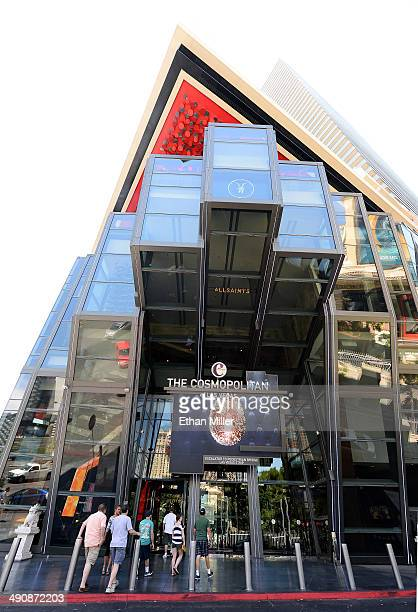 Tourists enter The Cosmopolitan of Las Vegas on May 15 2014 in Las Vegas Nevada Blackstone Real Estate Partners VII has agreed to buy the Las Vegas...