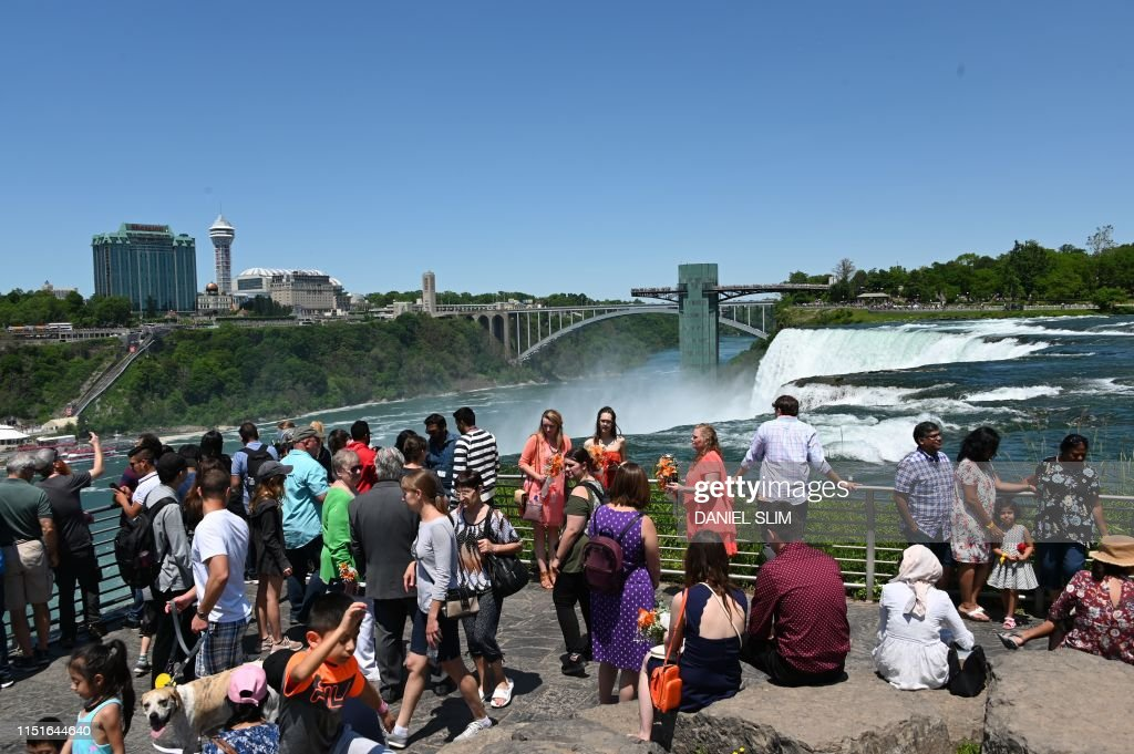 US-LIFESTYLE-NIAGARA FALLS : News Photo