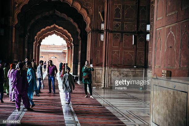 Turistas em Jama Masjid em