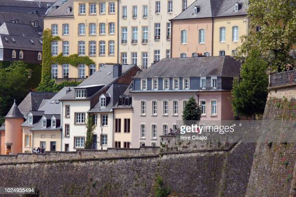 tourists in luxembourg - luxembourg city luxembourg stock pictures, royalty-free photos & images