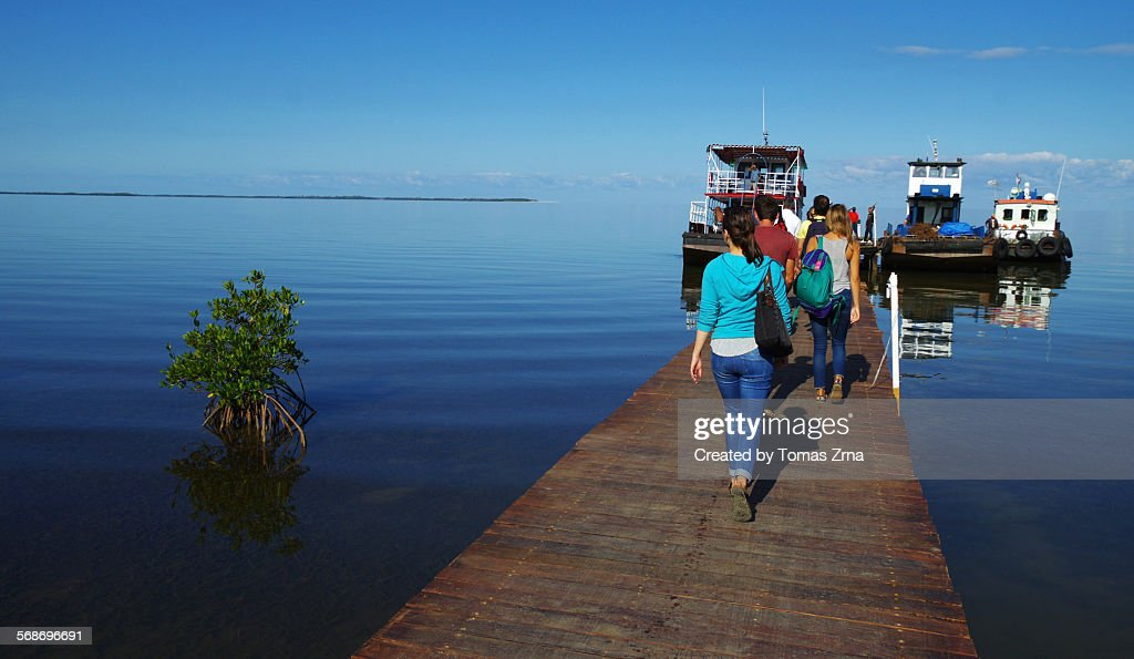Tourists leaving for Cayo Levisa : Stock Photo