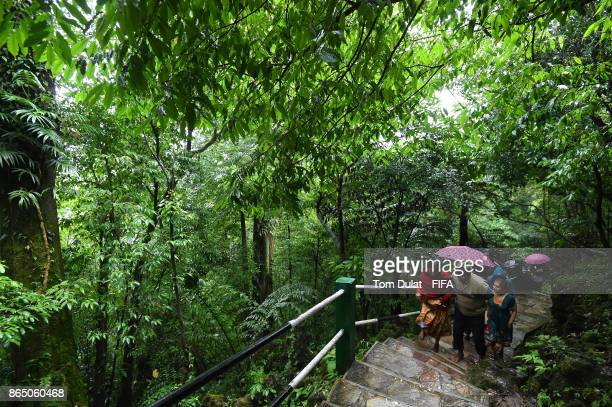 Tourists on their way to the Mawsmai cave during the FIFA U17 World Cup India 2017 tournament on October 22 2017 in Cherrapunji India