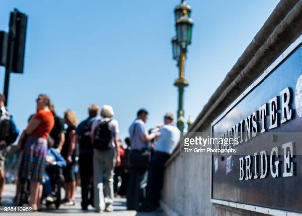 tourists on westminster bridge, london - ウェストミンスター橋 ストックフォトと画像
