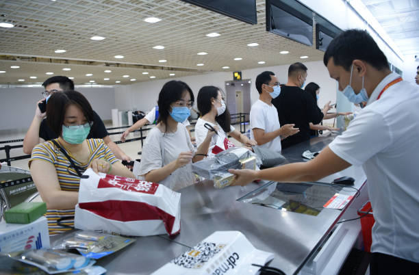 CHN: Sanya Airport Adds Off-shore Duty-free Shopping Ppick-up Windows