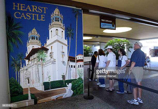 Tourists que up to ride bus up hill to tour Hearst Castle recentlyFacing strong objections from environmental groups and California's own coastal...