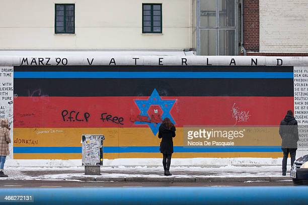 CONTENT] Tourists visiting the Gedenkstätte Berliner Mauer commemorates the division of Berlin by the Berlin Wall and the deaths that occurred there...