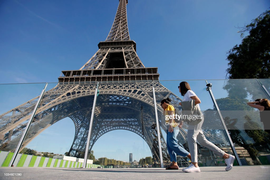 Eiffel Tower Gets Bulletproof Glass Walls To Protect Against Attacks At The Monument