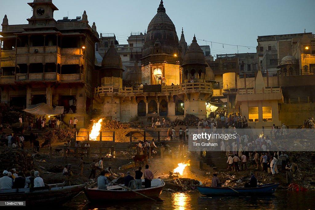 Hindu Cremation by Ganges in Varanasi, India : News Photo