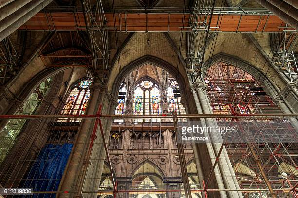 tournai cathedral in maintenance - cathedral stock pictures, royalty-free photos & images