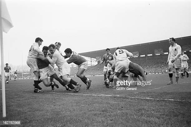 Rugby Match France England France Paris 1er mars 1958 Lors du tournoi des 5 nations un match de rugby à XV oppose l'équipe de France à celle...