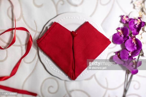 tovagliolo rosso a cuore