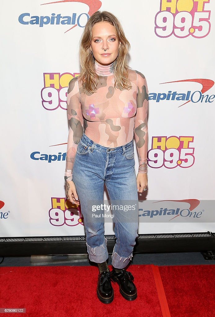 Hot 99.5's Jingle Ball 2016 - Arrivals : News Photo