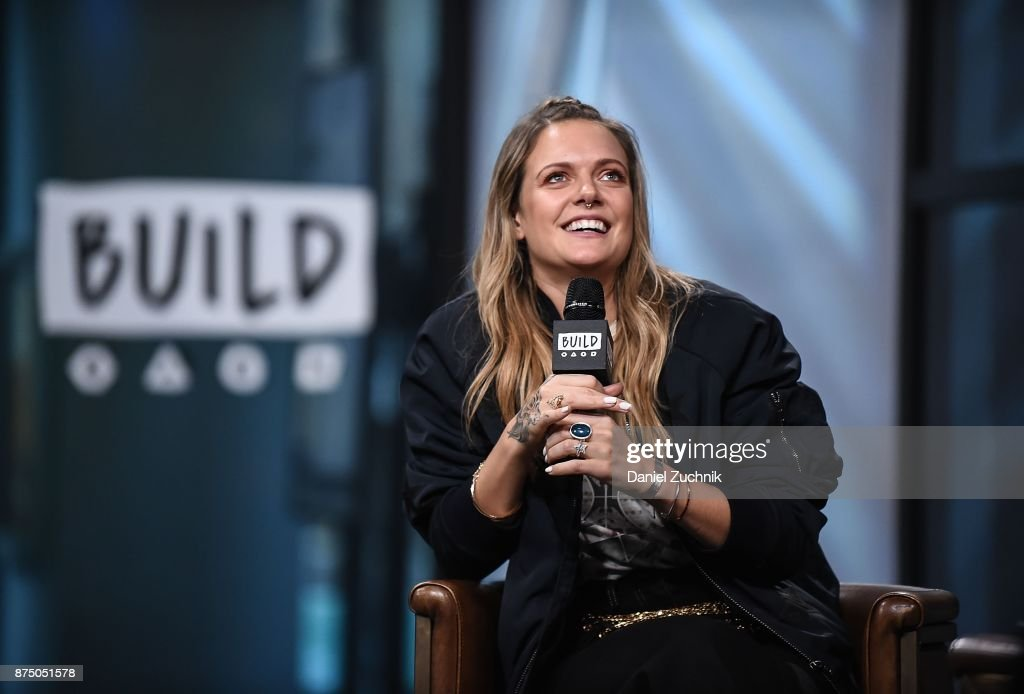 Tove Lo attends the Build Series to discuss her new album 'Blue Lips' at Build Studio on November 16, 2017 in New York City.