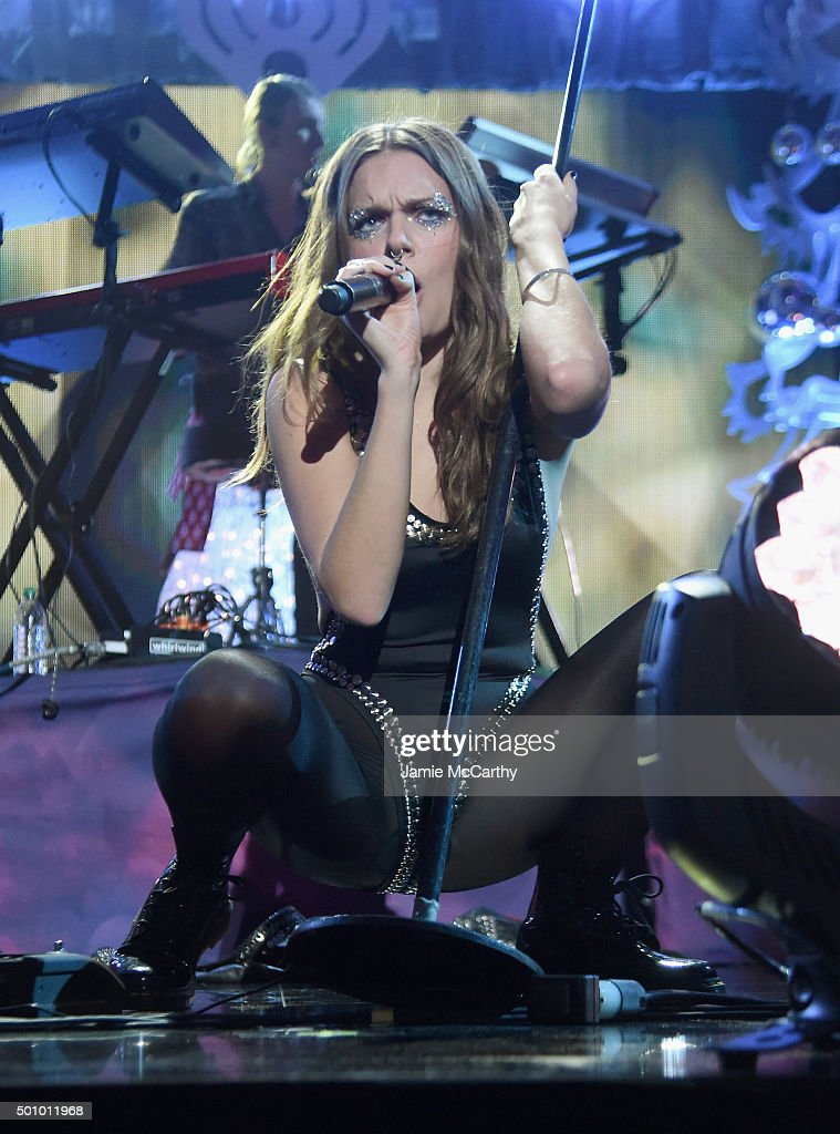 Tove Lo - Performs at Z100s Jingle Ball 2015 in NYC