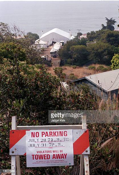 Tow away signs mark Brad Pitt and Jennifer Aniston''s wedding venue July 29 2000 in Malibu CA