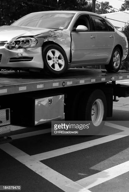 Camión de remolque con dañado de