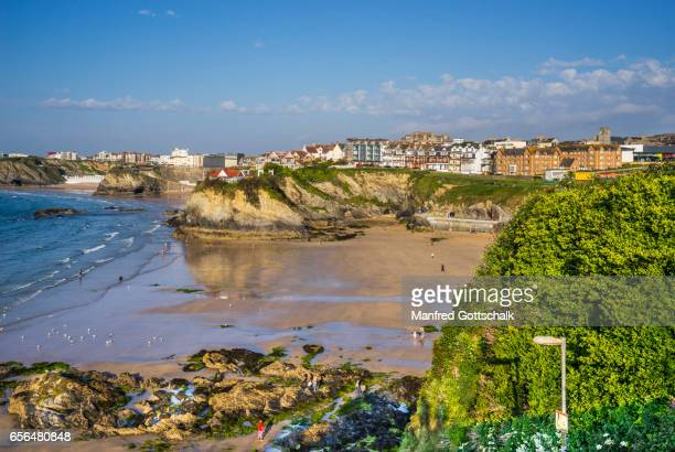 towan beach and towan island newquay - newquay stock pictures, royalty-free photos & images