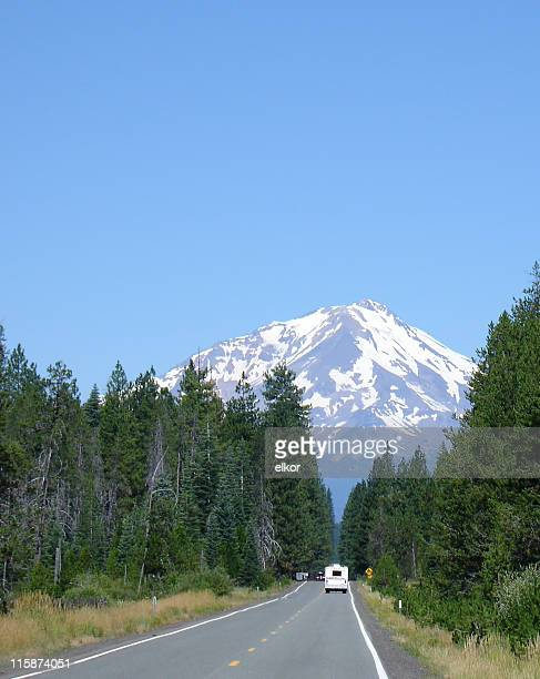towards the top - mt shasta stock pictures, royalty-free photos & images