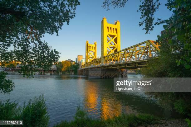 tower bridge and sacramento, california skyline - サクラメント ストックフォトと画像