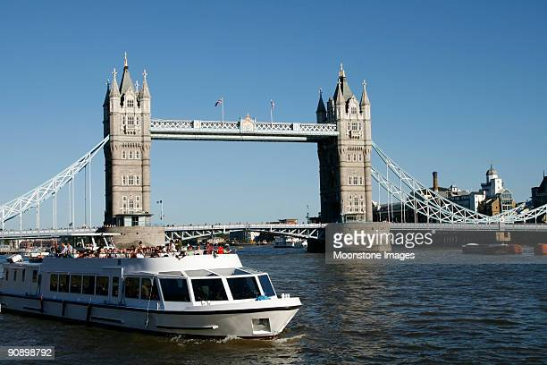 tower bridge in london, england - river thames stock pictures, royalty-free photos & images