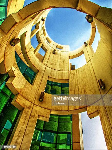 tower modern architecture - bahrain stock pictures, royalty-free photos & images