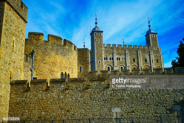 tower of london in london, england - tower of london stock pictures, royalty-free photos & images