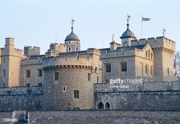 tower of london, london, england - tower of london stock pictures, royalty-free photos & images