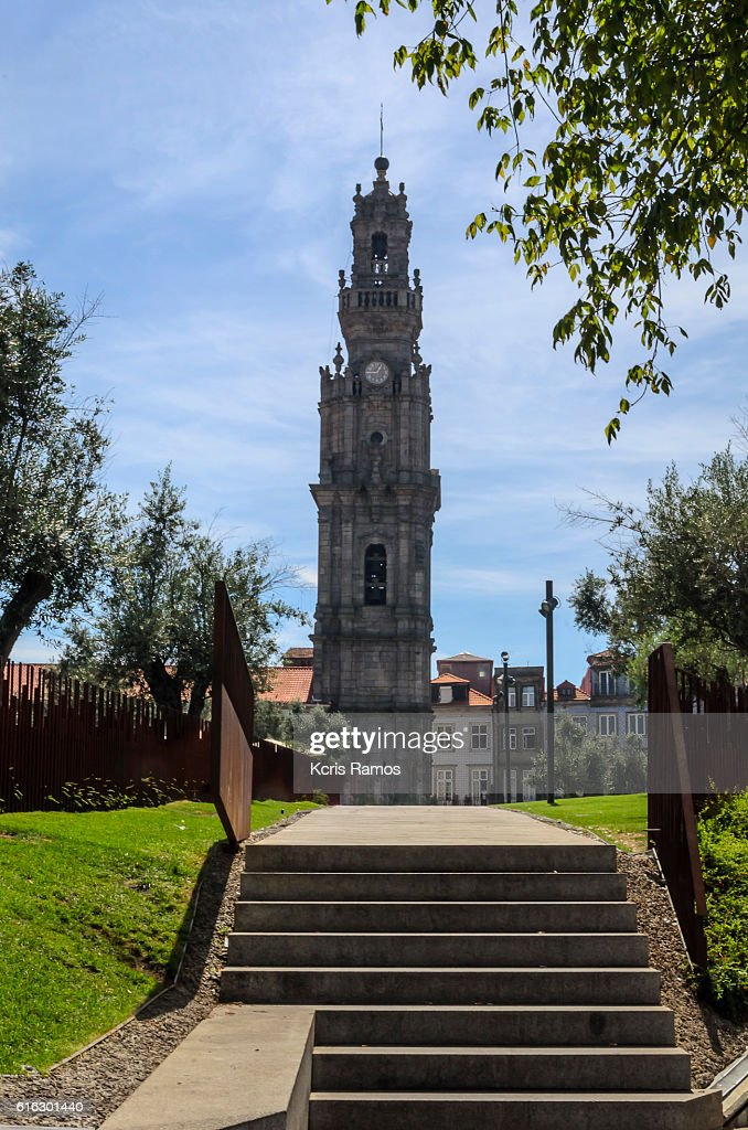 Tower of the Clérigos is a bell tower that is part of the Clérigos Church and is located in the city of Porto : Stock Photo