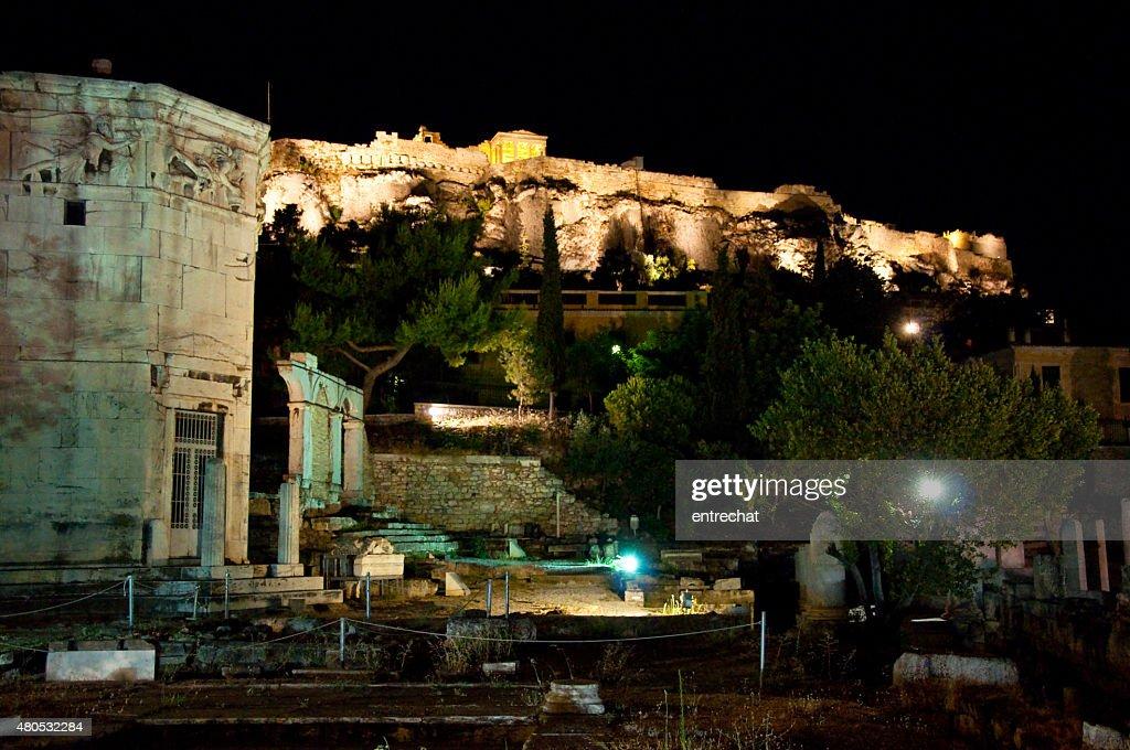 風の塔の夜景。アゴーラ遺跡。アテネ,ギリシャます。 : ストックフォト