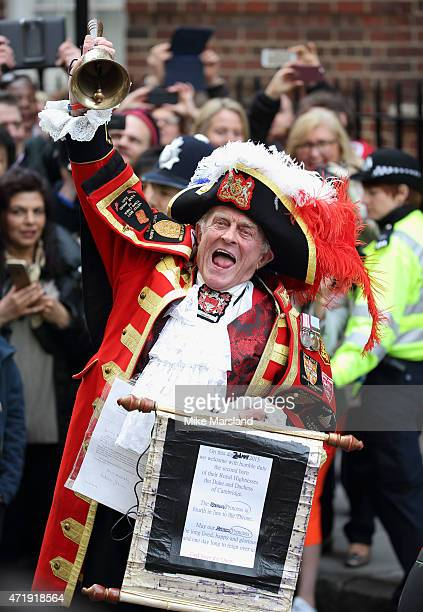 Town Cryer announces the birth of the Duke and Duchess of Cambridge's second child a daughter on April 29 2015 in London England The Duchess gave...