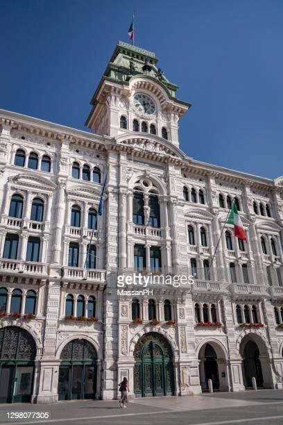 town hall building in piazza unità d'italia, trieste - italia stockfoto's en -beelden