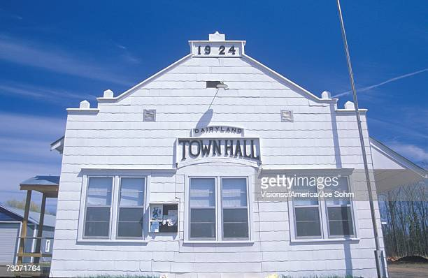 town hall in north wisconsin - town_(wisconsin) stock pictures, royalty-free photos & images