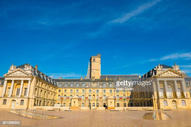 town hall on liberation square in a sunny day with blue sky and fountain in dijon - guadalajara mexico stock pictures, royalty-free photos & images
