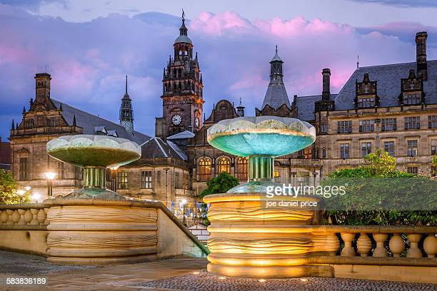 town hall, sheffield, england - sheffield stock pictures, royalty-free photos & images