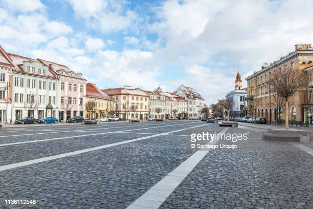town hall square in vilnius - lithuania stock pictures, royalty-free photos & images