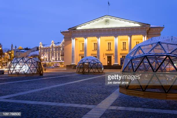 town hall, town hall square, vilnius, lithuania - lithuania stock pictures, royalty-free photos & images