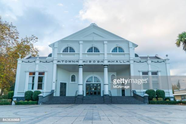 town hall,cambridge,north island,newzealand - cambridge stock pictures, royalty-free photos & images