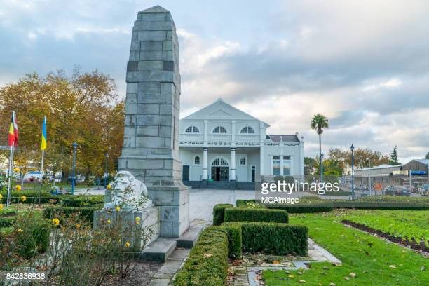 town hall,cambridge,north island,newzealand - cambridge new zealand stock pictures, royalty-free photos & images