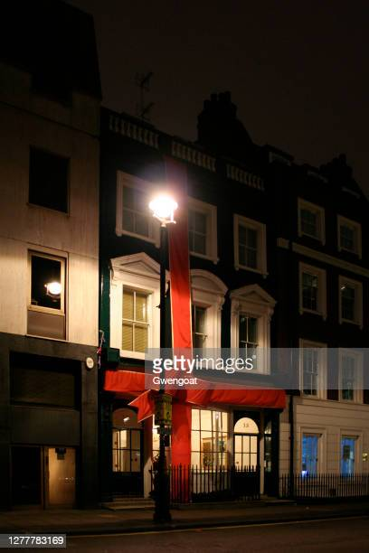 town house in soho square, london - gwengoat stock pictures, royalty-free photos & images